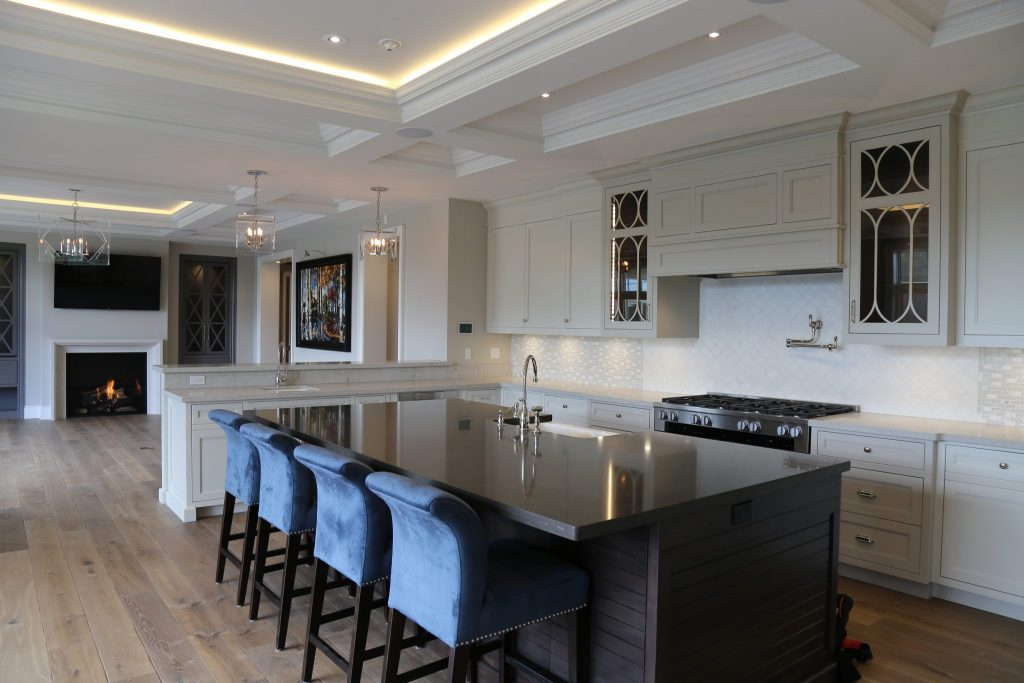 Custom Homes | kitchen | Neven Custom Homes Ltd.